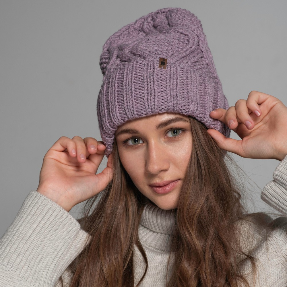 HANDMADE hat, lavender, 100% merino wool
