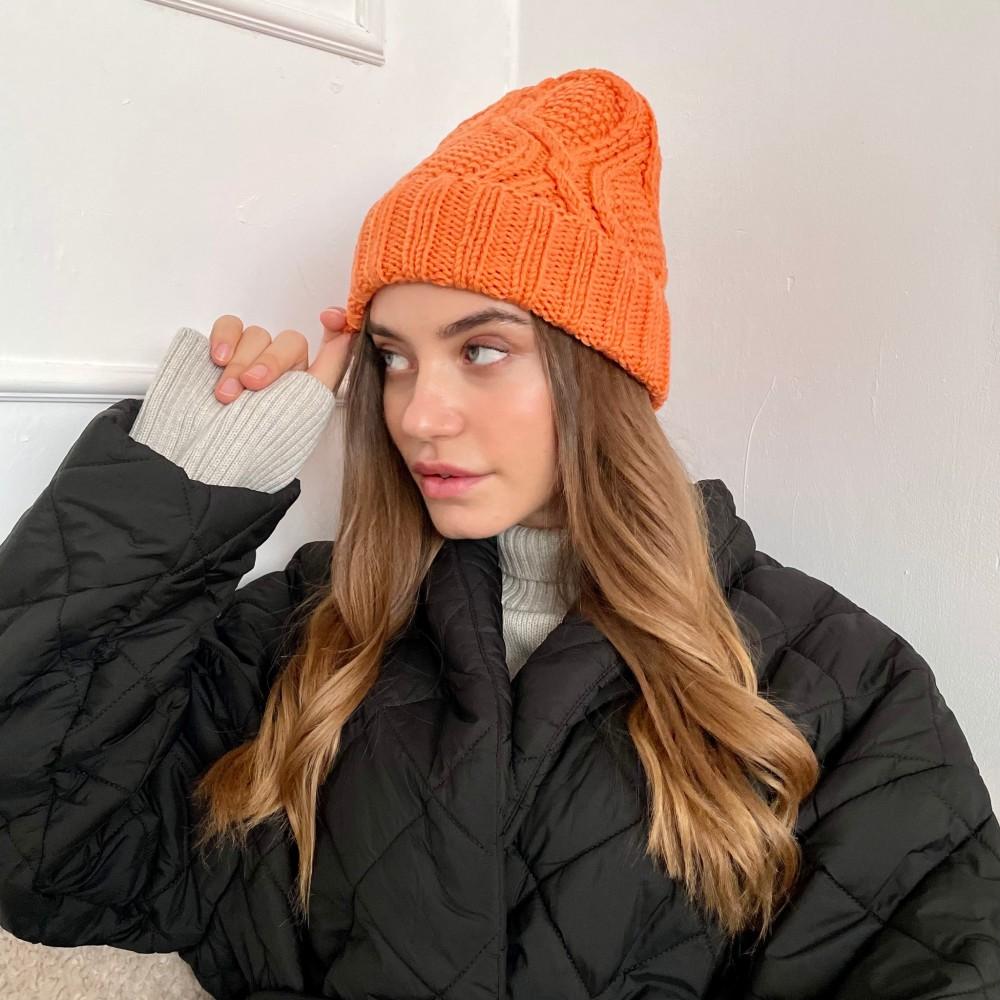 HANDMADE hat, orange, 100% merino wool