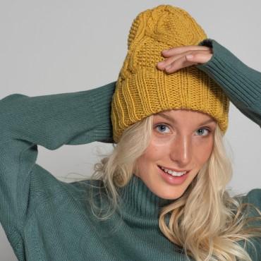 HANDMADE hat, mustard, 100% merino wool
